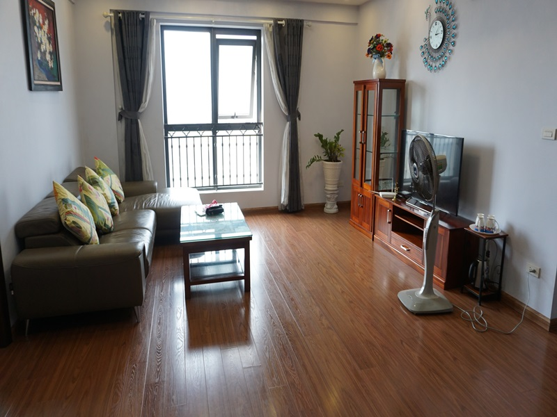 Lake view apartment for rent with 03 bedrooms in D2 Giang Vo, Ba Dinh