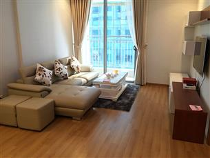 Nice apartment with 02 bedrooms for rent in VINHOME CENTRE Nguyen Chi Thanh, Dong Da