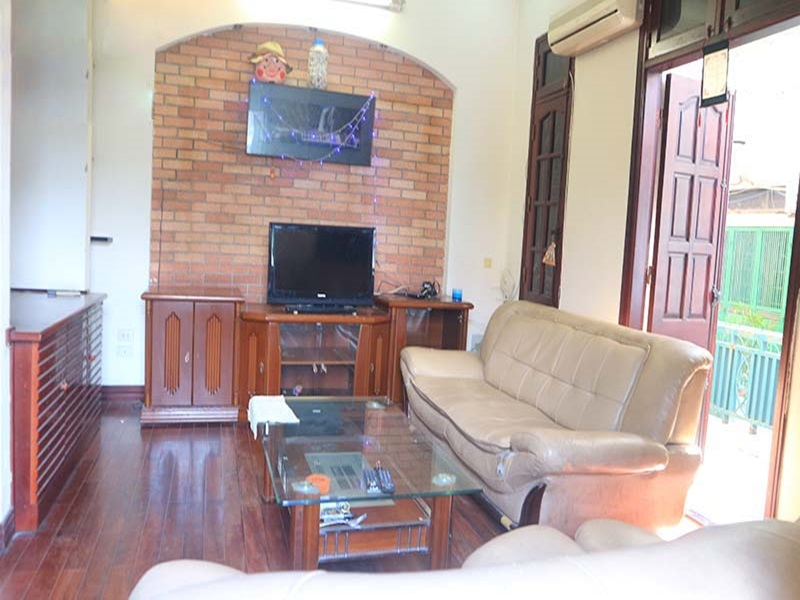 House for rent with 05 bedrooms in Van Cao, Ba Dinh