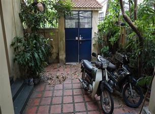 Garden house for rent with 03 bedrooms in Doi Can, Ba Dinh