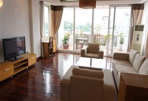 Big Balcony serviced apartment for rent with 02 bedrooms in Truc Bach, Ba Dinh
