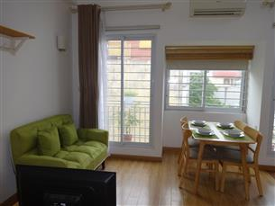 Balcony nice studio apartment for rent in Doi Can, Ba Dinh