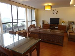 Lake view, duplex serviced apartment with 02 bedrooms & 01 working room for rent in Dong Da