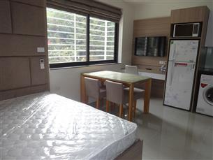 Nice studio with 01 bedroom for rent in Ta Quang Buu, Hai Ba Trung district