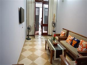 House for rent with 05 bedrooms in Quoc Tu Giam, Ba Dinh